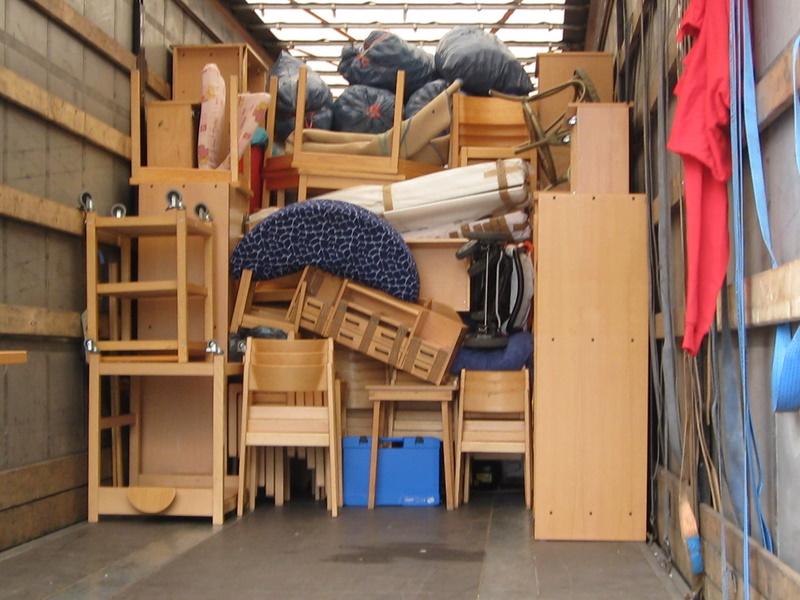 m bel auf den weg nach rum nien ev kindertagesst tte in neu allerm he. Black Bedroom Furniture Sets. Home Design Ideas